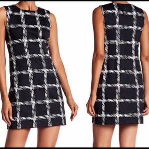 Vince camuto black and white